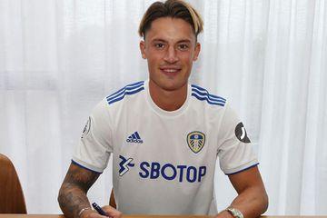"""Növbəti transfer - """"Lids""""dən"""