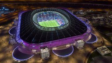 Üç stadionda – dünya çempionatı