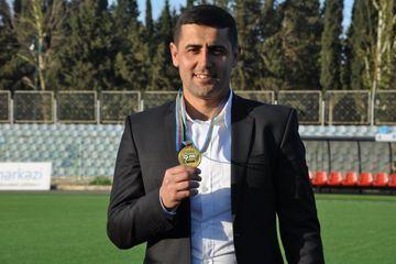 """""""Vidadi, Mahmud kimi futbolçularımız olsaydı, onu milliləşdirməzdilər"""" - Nadir Nəbiyev"""