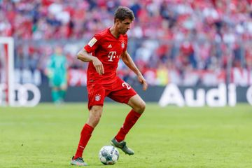 """Müller """"Böyük beşlik""""də lider oldu, Sanço rekord vurdu"""
