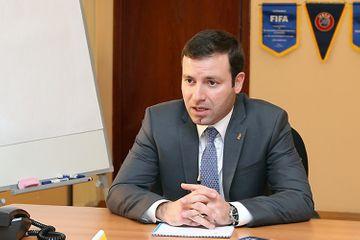 Elxan Məmmədov hesabat verdi - UEFA-ya