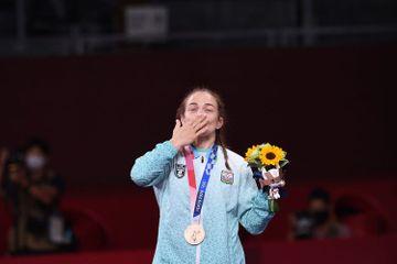 Mariya Stadnikdən tarixi rekord - Xetaq Qazyumovu geridə qoydu