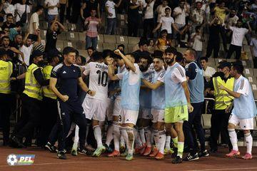 """""""Qarabağ"""" irəliləyib """"Volfsburq""""a çatdı – """"Neftçi"""" gerilədi"""