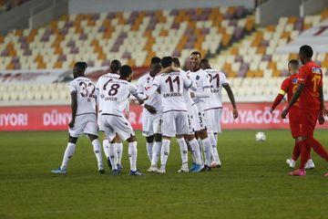 """Ardıcıl 6-cı qələbə - """"Trabzonspor""""dan"""