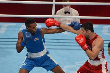 Yarımfinala çıxdı, medalı təmin etdi – boksçumuz